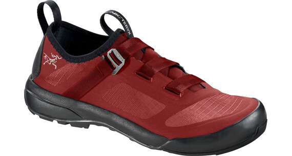 Arc'teryx M's Arakys Approach Shoes Vermillion/Vermillion